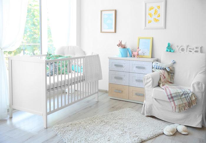 Chambre bebe blanc dominant