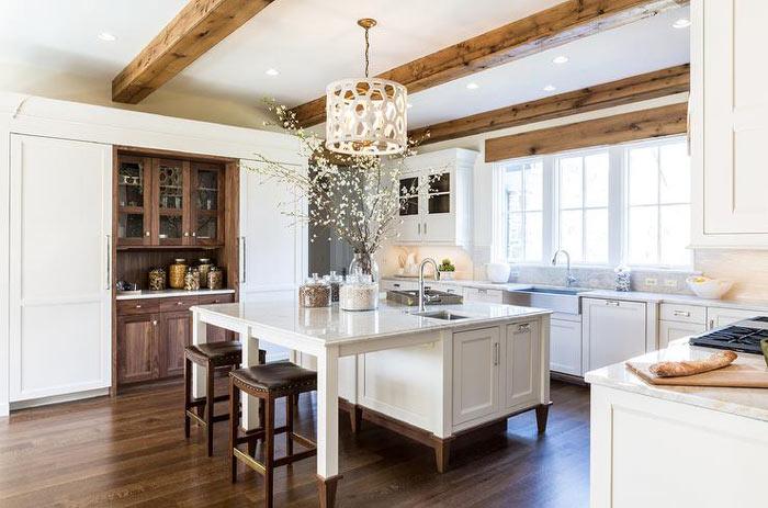 Cuisine style ferme blanche et bois