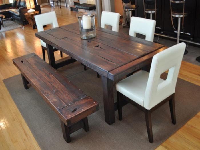 Salle a manger bois banc rustique chaises modernes