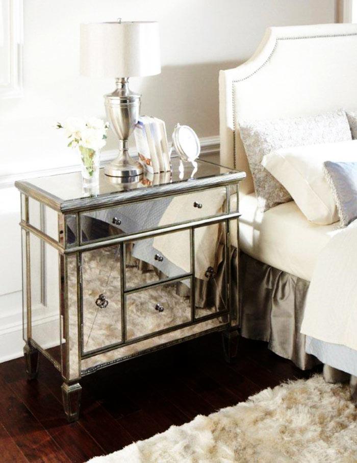 Table de chevet miroir