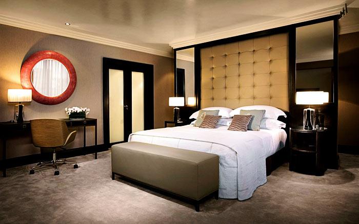 Chambre adulte grande tete de lit