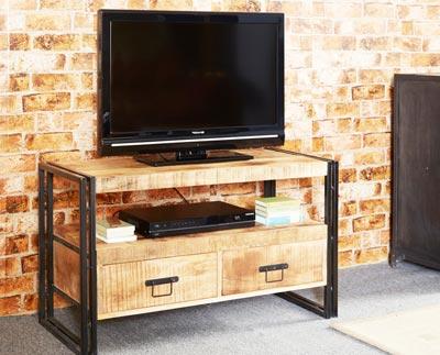 Meuble télé bois de type industriel